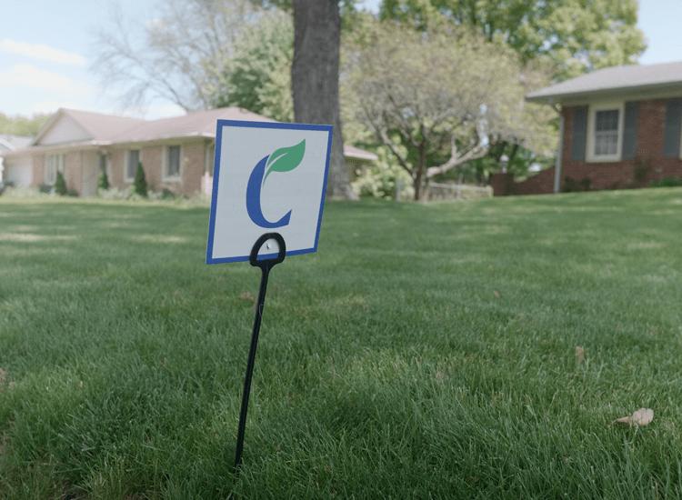 certified-lawns-yard-flag-750x550